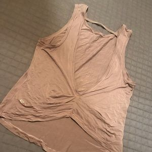 Open back lululemon work out tank size 6 worn once